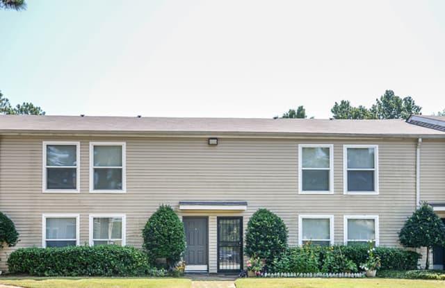 Lynnfield Place Apartments - 5900 Cedar Forrest Drive, Memphis, TN 38119