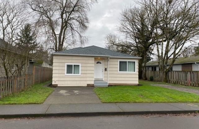 6904 SE Mitchell St. - 6904 Southeast Mitchell Street, Portland, OR 97206