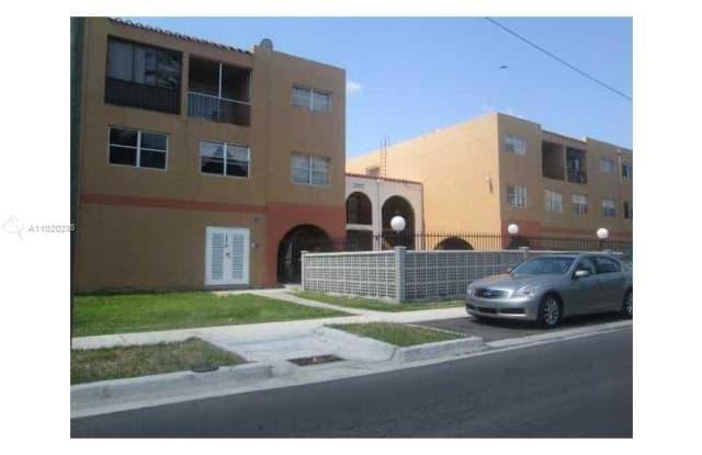 1300 W 53rd St - 1300 West 53rd Street, Hialeah, FL 33012