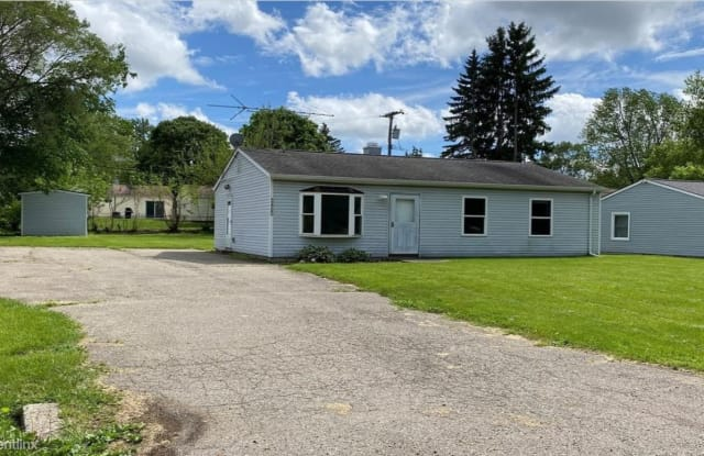 3460 Chalice Rd - 3460 Chalice Road, Oakland County, MI 48359