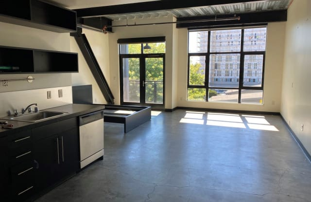 O1 Lofts - 1020 16th Street, Sacramento, CA 95814