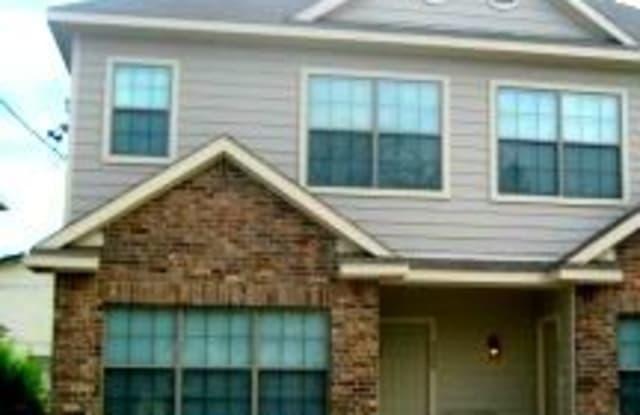 2504 W Prairie St - 2504 West Prairie Street, Denton, TX 76201