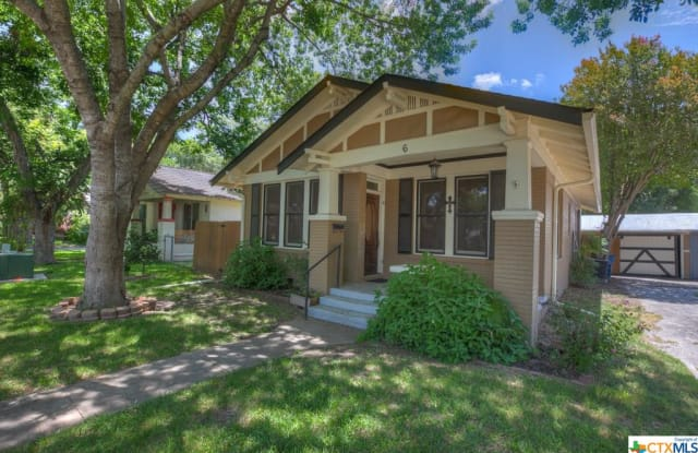 6 Herry Court - 6 Herry Court, New Braunfels, TX 78130