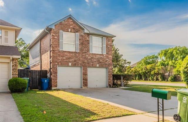 902 Sylvan Creek Drive - 902 Sylvan Creek Drive, Lewisville, TX 75067
