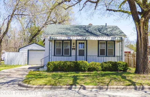 2236 S Washington - 2236 South Washington Street, Wichita, KS 67211