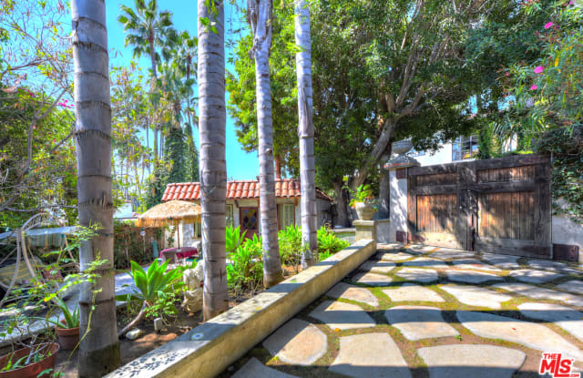 2014 Grace Ave - 2014 Grace Avenue, Los Angeles, CA 90068