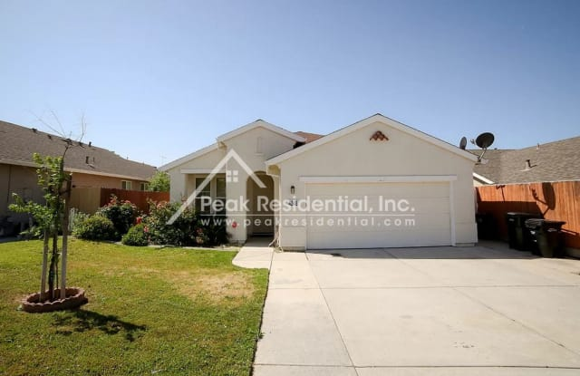 4248 Crumley Way - 4248 Crumley Way, North Highlands, CA 95843