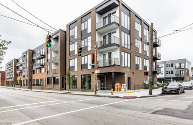 Poste Apartments - 739 East Mcmillan Street, Cincinnati, OH 45206