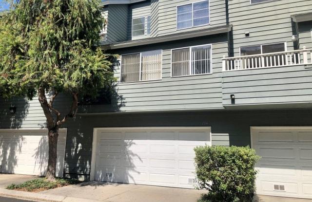 774 Halevy Street - 774 Halevy Street, Ventura, CA 93003
