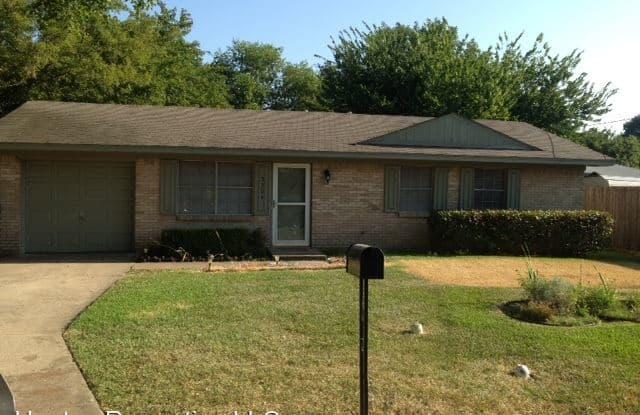 3304 Star - 3304 Star Street, Greenville, TX 75402