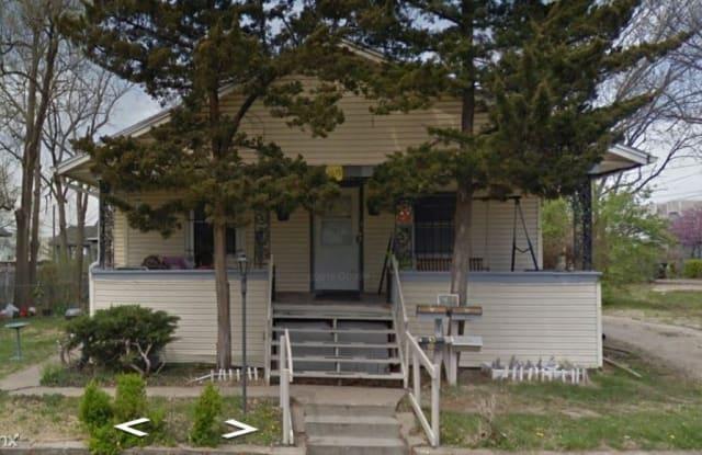 1619 SW Lincoln St Apt 3 - 1619 Southwest Lincoln Street, Topeka, KS 66604