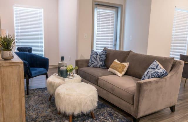 Riverside Villas - 3741 Post Oak Blvd, Fort Worth, TX 76040