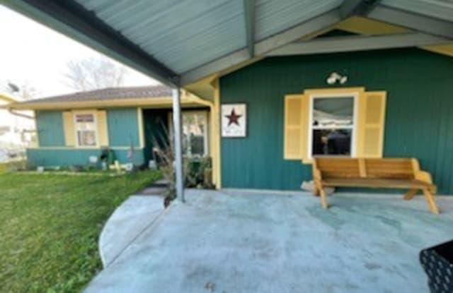 7155 Lewis Dr - 7155 Lewis Drive, Beaumont, TX 77708