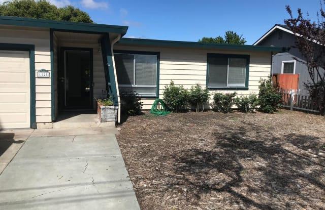 1125 Henderson Avenue - 1125 Henderson Avenue, Menlo Park, CA 94025