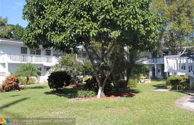 336 Newport V - 336 Newport U, Deerfield Beach, FL 33442