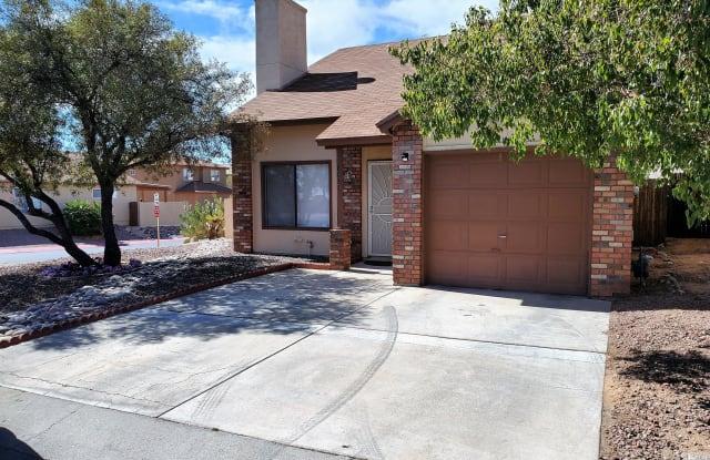 8031 N Tackroom Lane, - 8031 North Tackroom Lane, Casas Adobes, AZ 85741