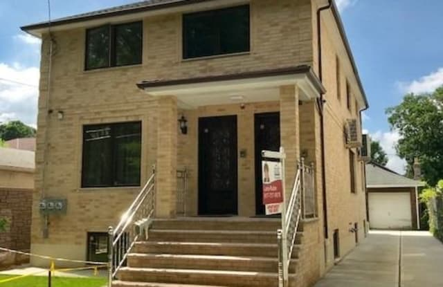 160-32 76th Road - 160-32 76th Road, Queens, NY 11366