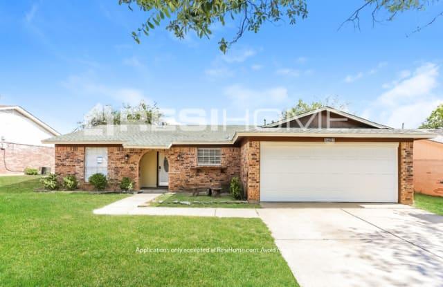 1407 Mimosa Street - 1407 Mimosa Street, Cleburne, TX 76033