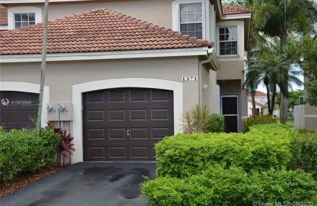 1371 Sorrento Dr - 1371 Sorrento Drive, Weston, FL 33326