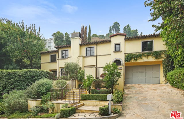 1427 Bluebird Ave - 1427 Bluebird Avenue, Los Angeles, CA 90069