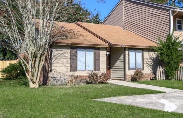11252 WINDTREE DR - 11252 Windtree Drive East, Jacksonville, FL 32257