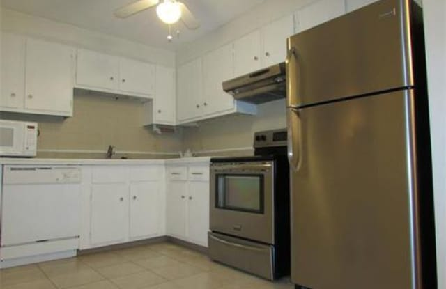 24 Williamsburg Ct UNIT 21 - 24 Williamsburg Court, Worcester County, MA 01545