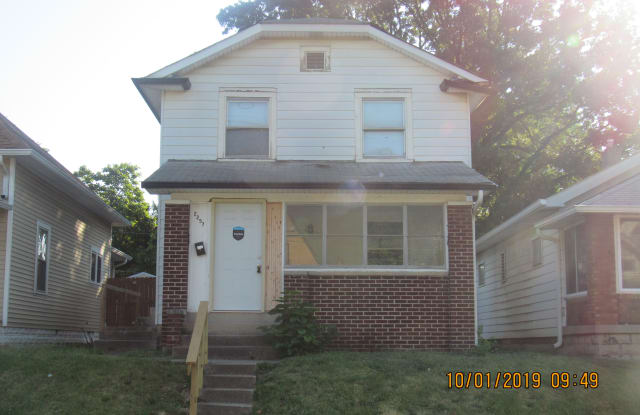 2257 S Meridian St - 2257 South Meridian Street, Indianapolis, IN 46225