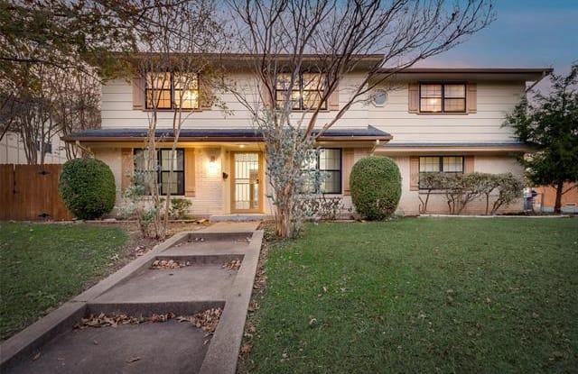 107 Willowbrook Drive - 107 Willowbrook Drive, Duncanville, TX 75116