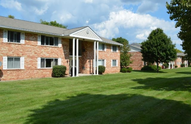 Henrietta Highlands Apartments - 41 High Manor Dr, Rochester, NY 14467