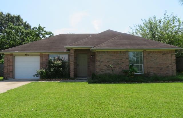 4013 Owens Dr - 4013 Owens Drive, Dickinson, TX 77539