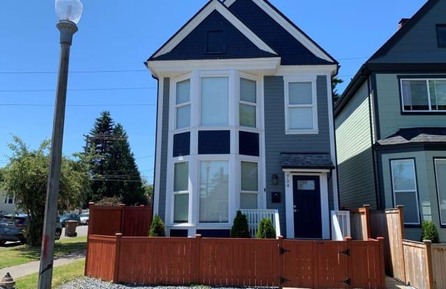 724 S Sheridan Ave - 724 South Sheridan Avenue, Tacoma, WA 98405
