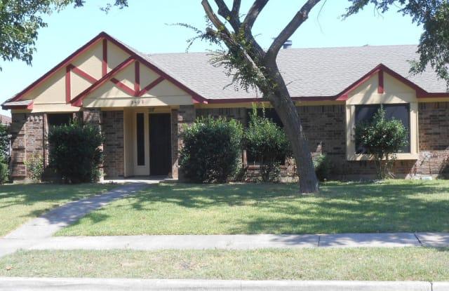 2442 Kimberly Dr - 2442 Kimberly Drive, Garland, TX 75040