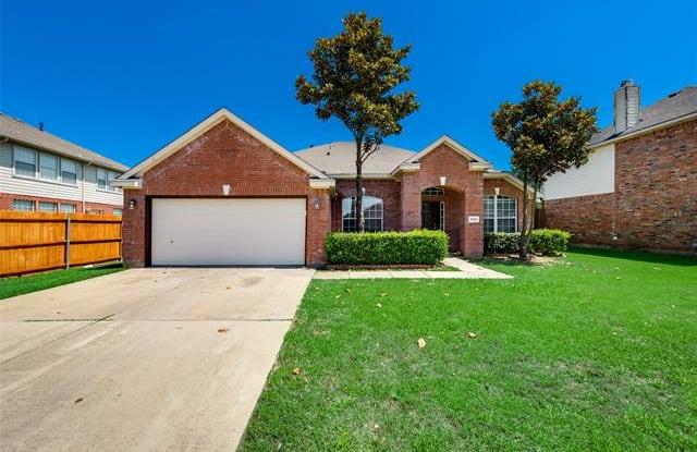 1806 Walnut Hills Lane - 1806 Walnut Hills Lane, Mansfield, TX 76063