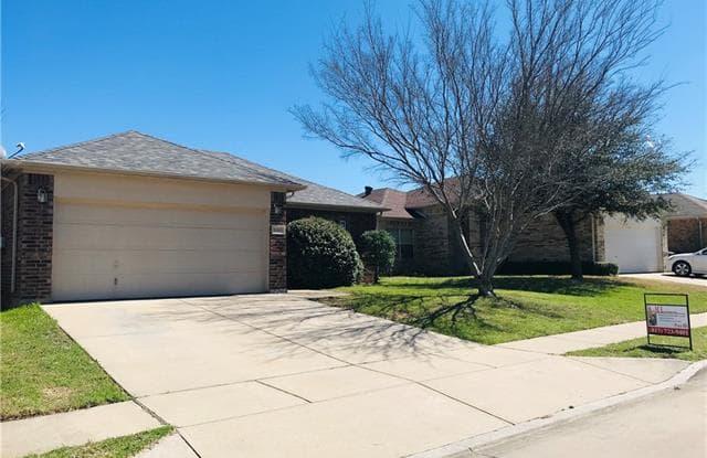 9305 Cynthia Court - 9305 Cynthia Ct, Fort Worth, TX 76140