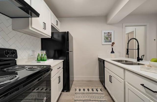 Avenue East Apartments - 665 5th Avenue, Salt Lake City, UT 84103