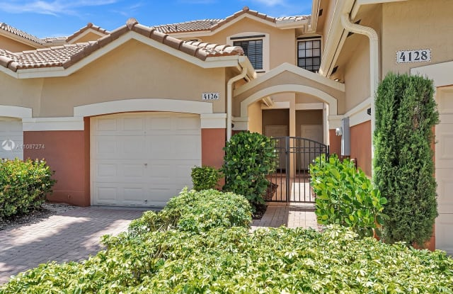 4126 Forest Dr - 4126 Forest Drive, Weston, FL 33332