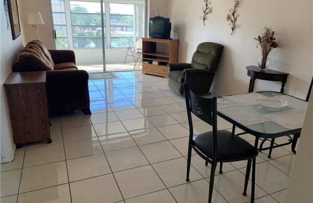 3091 NW 46th Ave - 3091 NW 46th Ave, Lauderdale Lakes, FL 33313