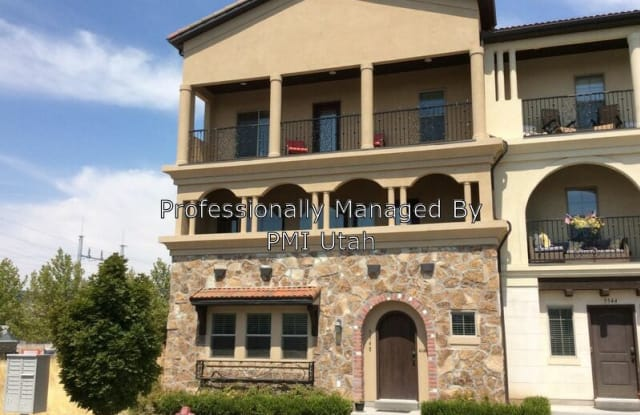 5548 W Parkway West Dr - 5548 W Parkway West St, Highland, UT 84003