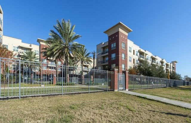 City Lake Apartments - 8877 Lakes at 610 Dr, Houston, TX 77054