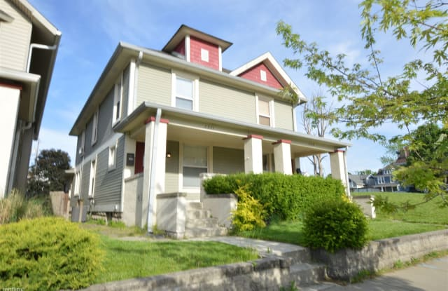 Must See 3 Bedroom in Fall Creek Place - 2321 Central Avenue, Indianapolis, IN 46205