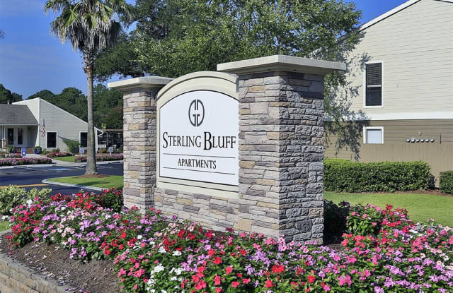 Sterling Bluff - 201 W. Montgomery Crossroad, Savannah, GA 31406