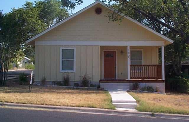 2000 E 9th - 2000 East 9th Street, Austin, TX 78702