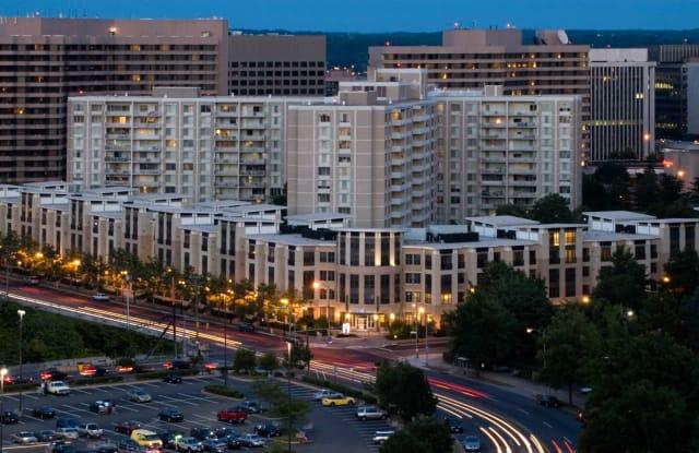 Lofts 590 - 590 15th St S, Arlington, VA 22202
