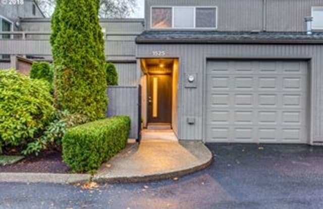 1525 NW Eastbrook - 1525 Northwest Eastbrook Court, Washington County, OR 97006