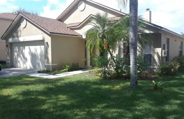 572 Lancer Oak Drive - 572 Lancer Oak Drive, Apopka, FL 32712