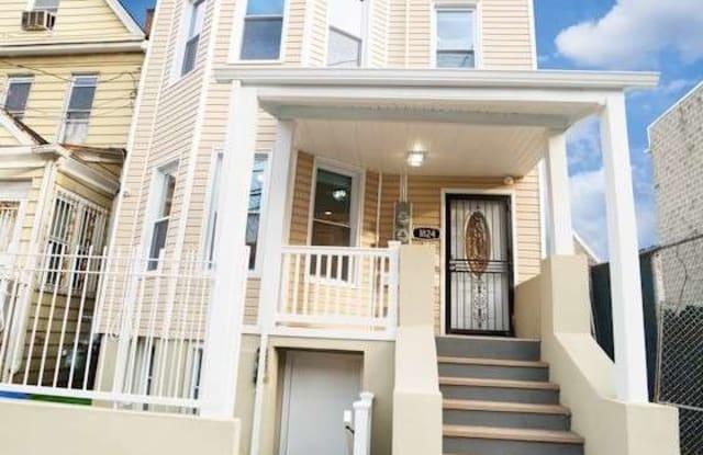 1824 Mohegan Avenue - 1824 Mohegan Avenue, Bronx, NY 10460