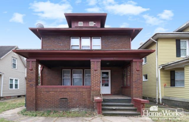 1110 W Jefferson Blvd - 1110 West Jefferson Boulevard, South Bend, IN 46601