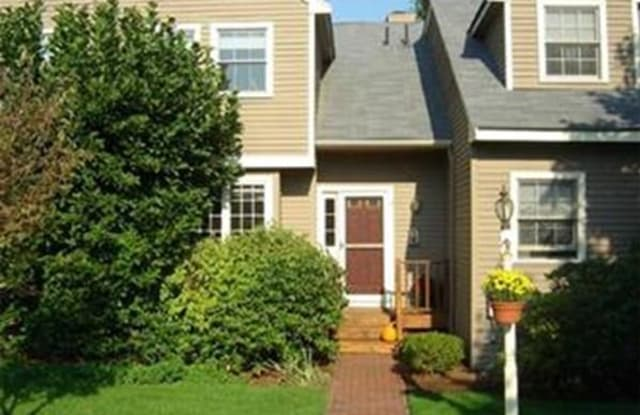 11 Rosewood Ln - 11 Rosewood Lane, Middlesex County, MA 01748