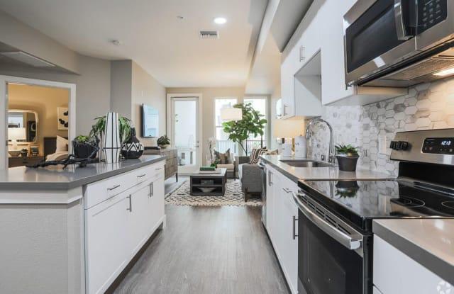 GIO Apartments - 3675 T St, Sacramento, CA 95816