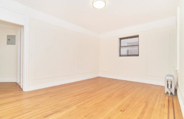 735 W 172ND ST. - 735 West 172nd Street, New York, NY 10032